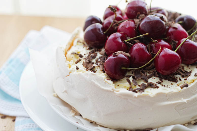 cherry chocolate pavlova-6