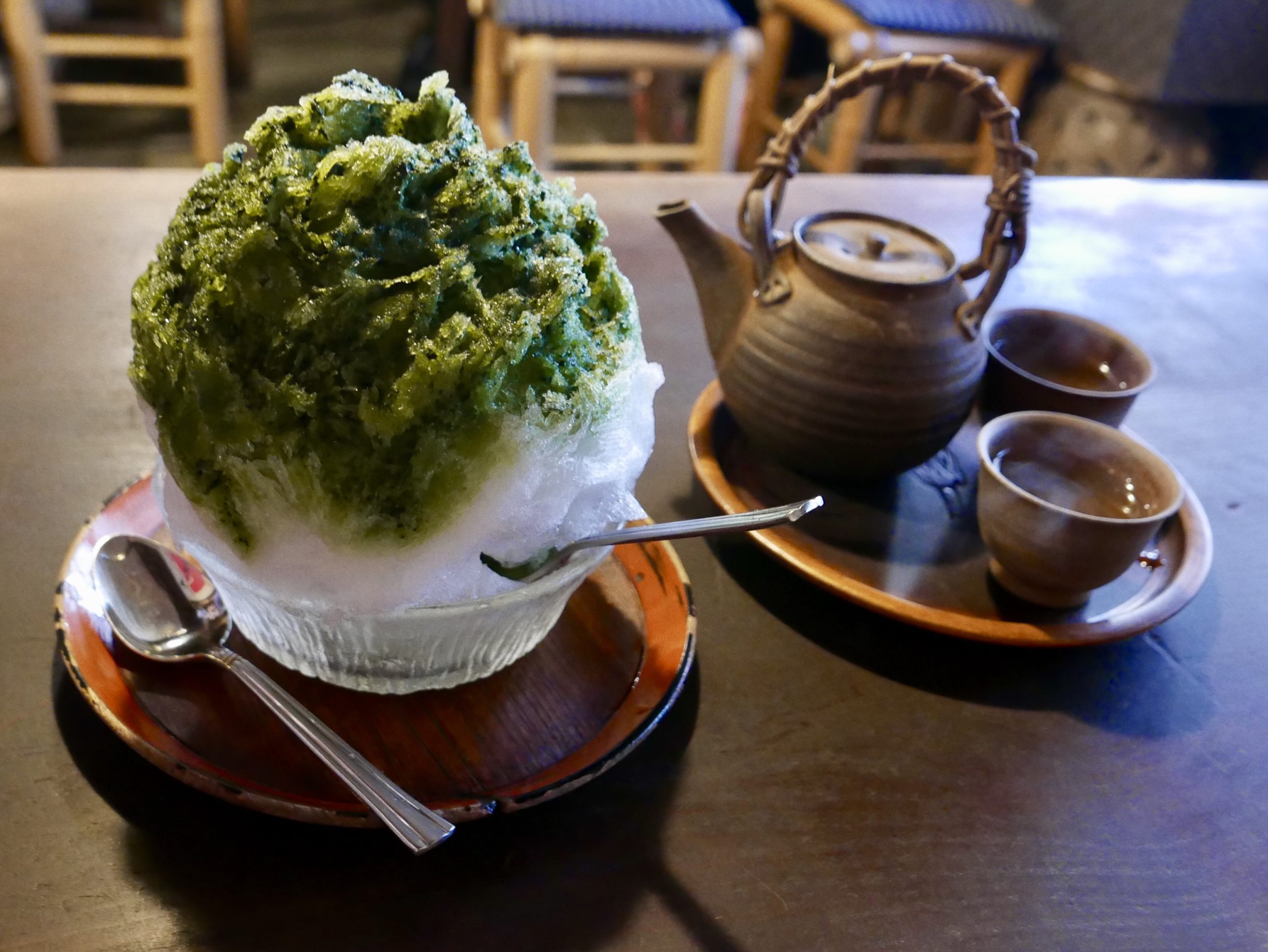Matcha ice and green tea
